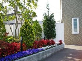 岡山のショップ:エクステリア施行・外構施工事例